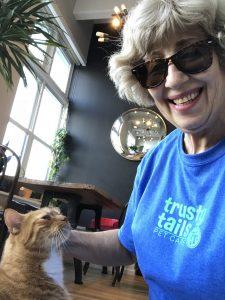 Anne Hoboken Cat Sitter